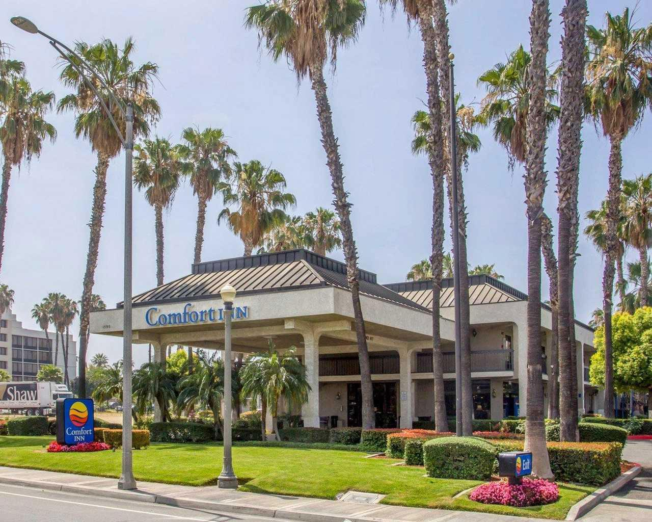 Comfort Inn Riverside near UCR and Downtown