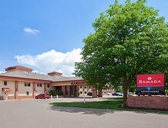 Ramada Inn & Suites - Saginaw MI
